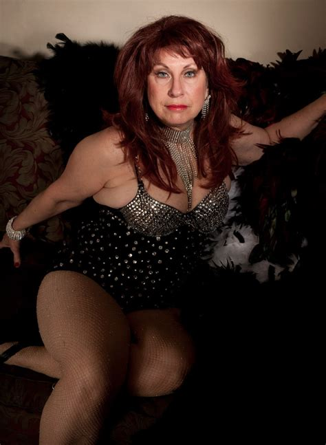 These burlesque legends are the definition of GILF