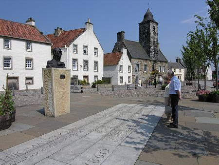 Culross Feature Page on Undiscovered Scotland