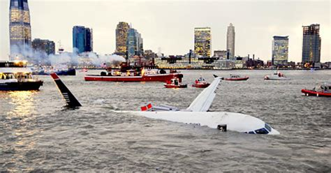 Only 1 other safe landing in water - ever - NY Daily News