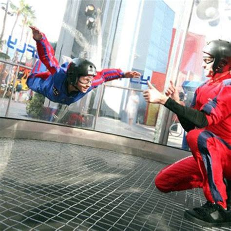 IL - Indoor Skydiving - Rosemont & Naperville, IL (Email