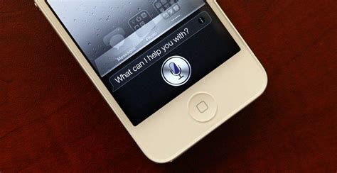 Siri hole can hack past your lockscreen to call and text